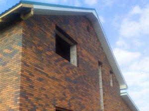 Жилой дом. с. Ленинское. Дом построен с нуля нашими партнерами 2014 год. Кровля: металлочерепица супермонтеррей цвет зеленый лист RAL6002 /2014 год.