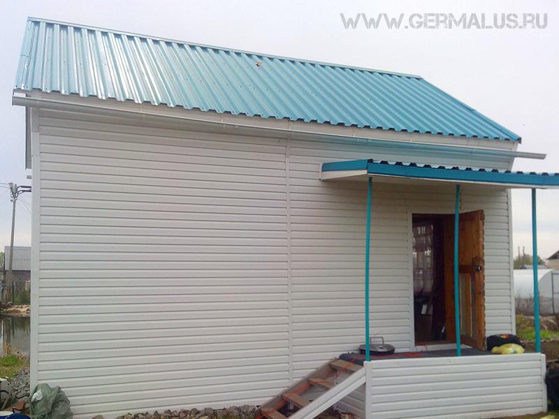 Крыша покрыая профлистом НС35 цвет бирюза RAL5021